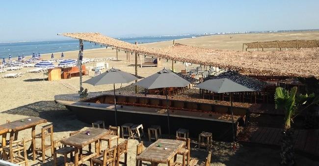 restaurant-plage-pieds-nus-a-grau-du-roi