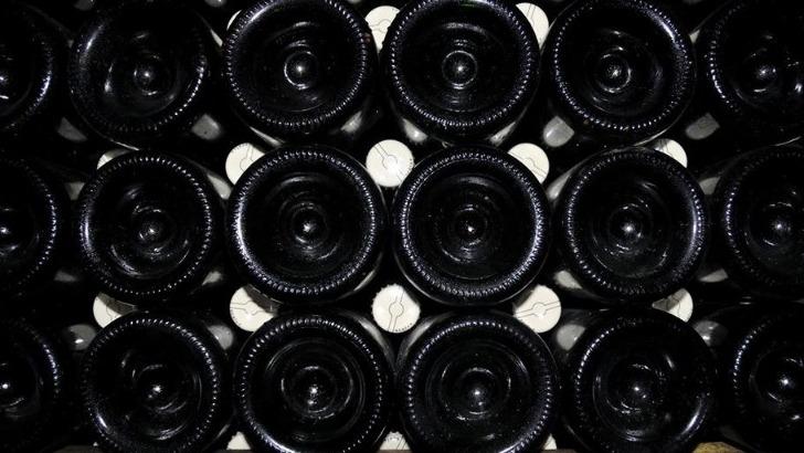 champagne-napoleon-a-vertus-champagnes-uniques-mise-bouteille