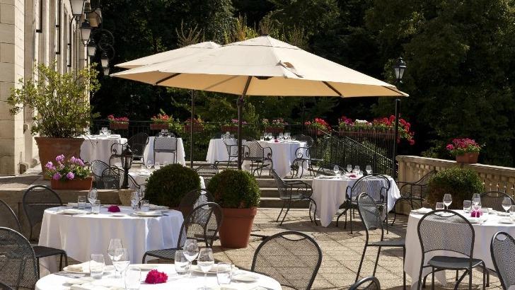 restaurant-vilargene-magnifique-vue-terrasse