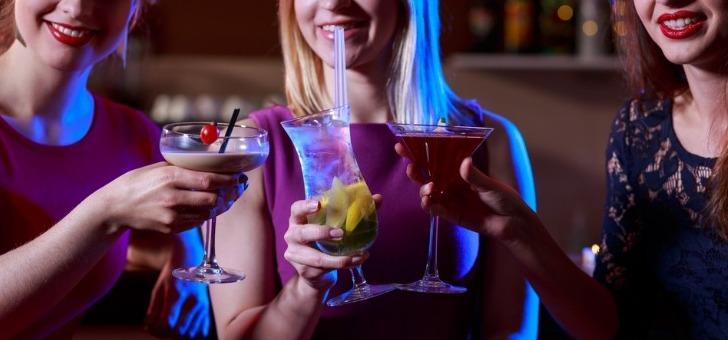 winwinks-retrouver-entre-amis-autour-d-un-verre