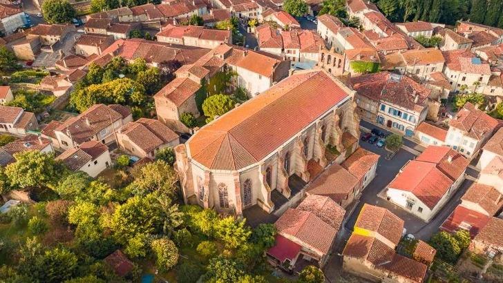 eglise-saint-sernin-de-belpech-vue-du-ciel