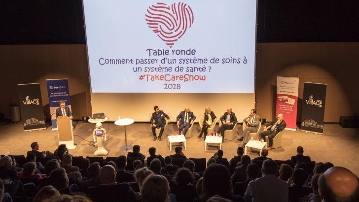 soutien-unanime-des-professionnels-de-sante-lors-de-table-ronde-du-take-care-show-2018-devant-un-amphi-comble