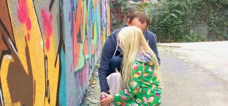 ne-soyez-plus-seulement-temoin-mais-egalement-acteur-workshop-graffiti-avec-artiste-blunt-de-7-a-77-ans-credit-photo-hugo-faivre