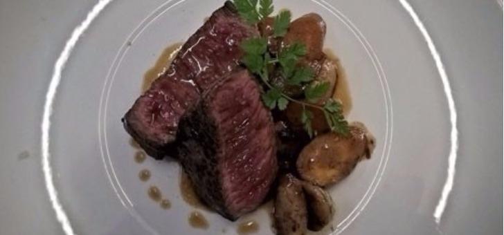 restaurant-remparts-a-bazas-au-menu-du-jour-boeuf-roti-legumes-racine-confit