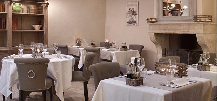 restaurant-potager-du-mas-a-orgon-salle-ambiance-cadre-de-etablissement