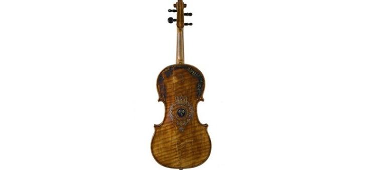 musee-de-lutherie-et-de-archeterie-francaises-violon-nicolas-lupot-1820