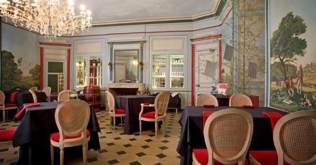 restaurant-gastronomique-une-capacite-de-36-couverts-grand-salon-banquet-peut-accueillir-jusqu-a-80-couverts-brasserie-jusqu-a-25-couverts-interieur-et-40-couverts-terrasse-restaurant-golf-des-sept-7-tours-1-etoile-michelin