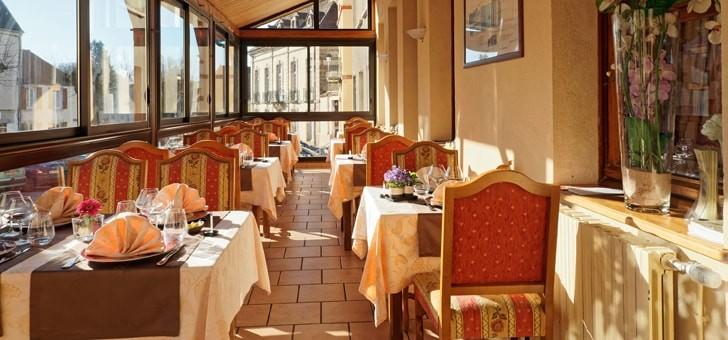restaurant-trois-maures-a-couches
