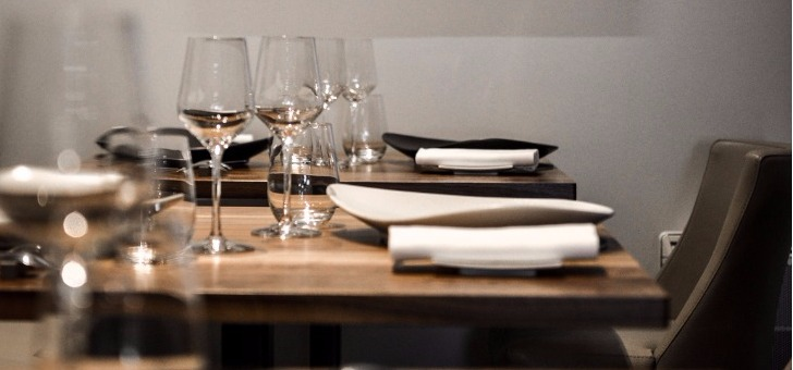 auray-restaurant-terre-mer-ambiance-conviviale-et-plaisirs-de-table
