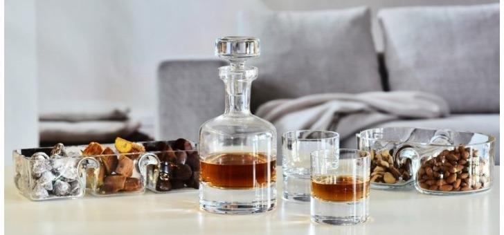 sables-et-reflets-a-gruissan-carafe-a-whisky-a-vin