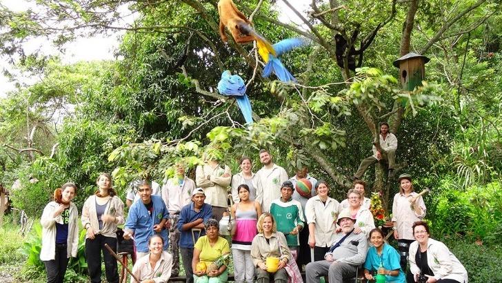 grandir-aventure-photo-de-groupe-lors-d-une-colonie-de-vacances-bolivie
