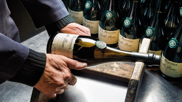 distillerie-massenez-a-dieffenbach-au-val-un-savoir-faire-exceptionnel-transmis-de-pere-fils-depuis-des-generations