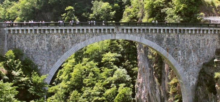 pont-napoleon-a-luz-saint-sauveur