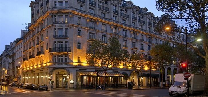 brasserie-haussmann-dans-9eme-arrondissement-de-paris-situe-dans-un-hotel-4-etoiles-millennium-hotel-paris-opera-a-2-pas-des-grands-boulevards-et-des-grands-magasins-galeries-lafayette-et-printemps