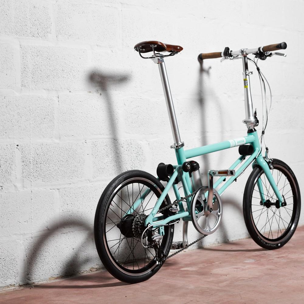 ahooga-hybrid-bike-personnalisable-215-coloris