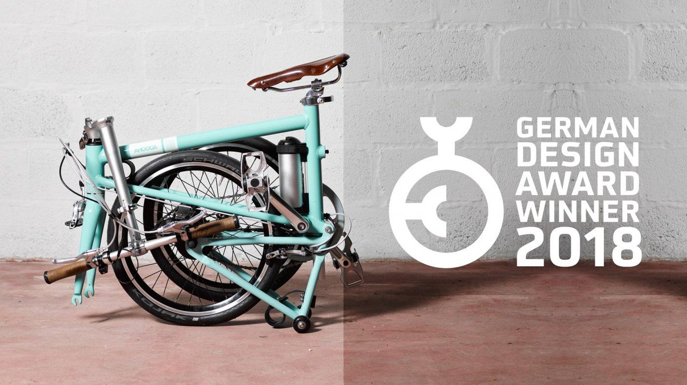 ahooga-hybrid-bike-plie-discret-range-interieur