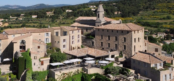 restaurant-crillon-le-brave-meilleure-table-du-departement-vaucluse