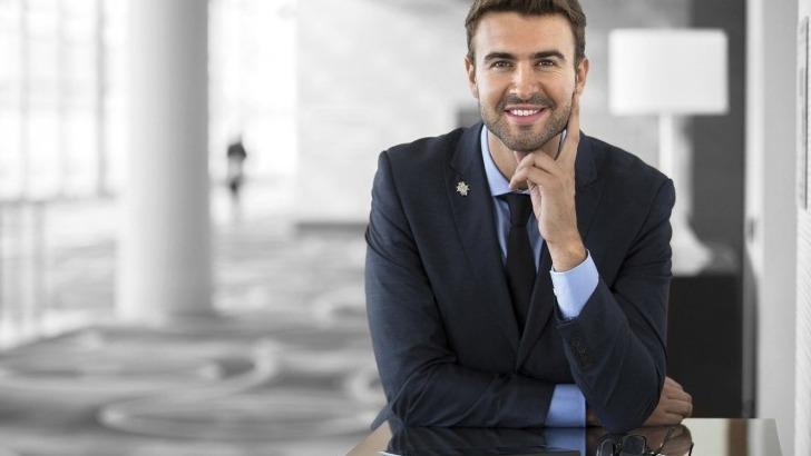 cordon-bleu-paris-mba-manager-accueil-souriant