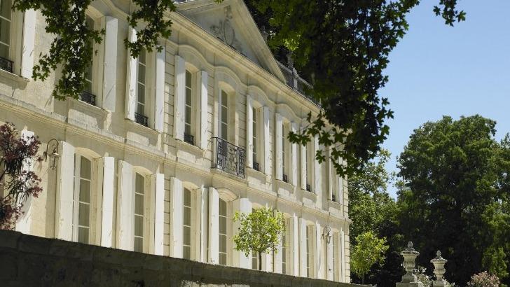 chateau-dauphine-a-fronsac-un-domaine-cultive-excellence-chateau-a-fait-objet-d-importants-travaux-de-restauration