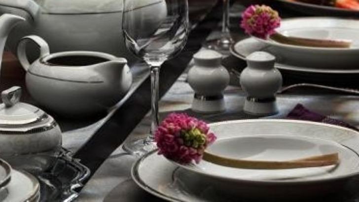 tasse-assiette-services-vaisselle-porcelaine