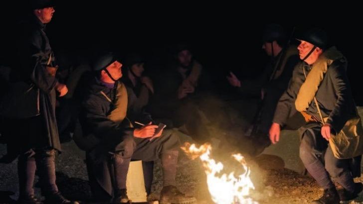 des-flammes-a-lumiere-verdun-decor-scenique-aussi-vrai-nature
