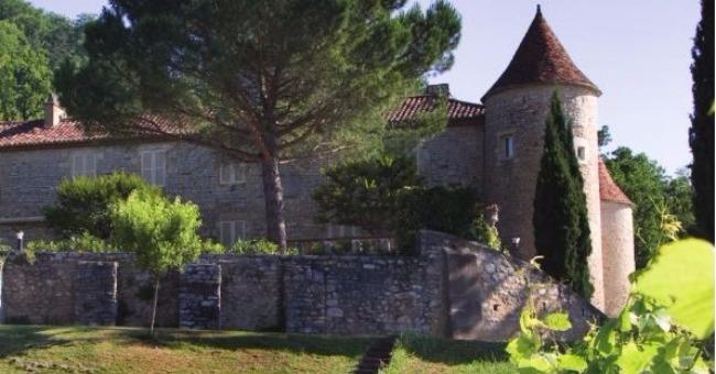 vins-alcools-domaine-chateau-de-cayx-sarl-boutique-du-chateau-de-cayx-a-luzech