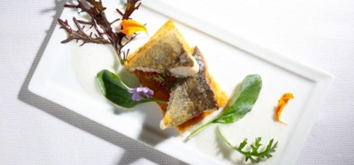 restaurant-au-vieux-couvent-a-rhinau-carte-menu-filet-de-gros-turbot-sauvage-legumes-de-notre-potager-vinaigrette-blanche-tranchee-a-huile-de-tagette