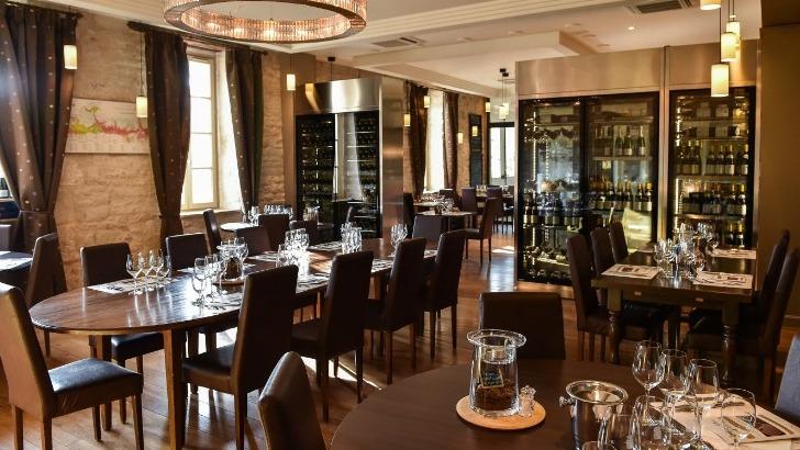 restaurant-olivier-leflaive-decouvrir-univers-du-vin-depuis-viniculture-jusqu-a-table