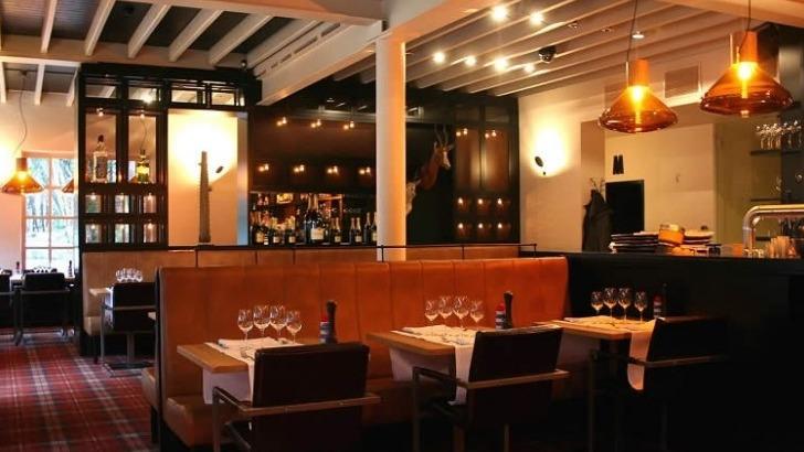 brasserie-de-patinoire-a-bruxelles-ideal-pour-repas-d-affaires-rendez-romantique