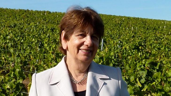 isabelle-brossard-gere-domaine-depuis-2005-et-attache-a-mener-une-viticulture-respectueuse-de-environnement