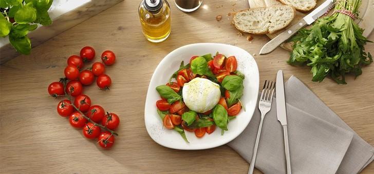 un-peu-d-huile-d-olive-beaucoup-de-savoir-faire-des-produits-de-saison-et-de-simplicite-sont-ingredients-font-de-vapiano-une-enseigne-fast-casual-tres-appreciee-des-francais