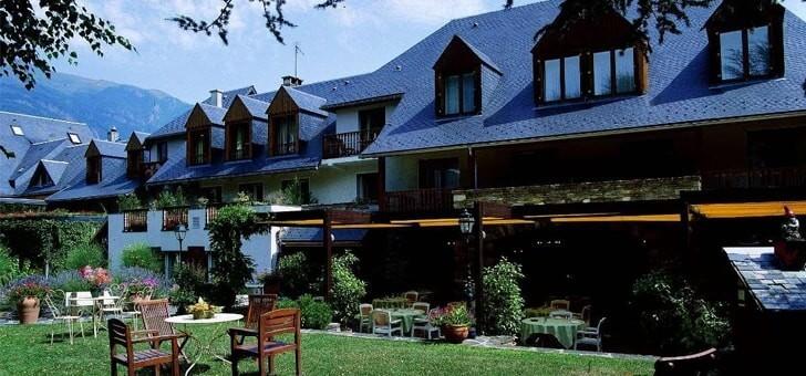 Restaurant la pergola saint lary soulan - Restaurant la grange saint lary ...