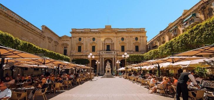 malte-republic-square-valette