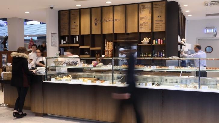 cordon-bleu-paris-a-paris-propose-des-produits-frais-et-des-ateliers-culinaires-pour-gourmets