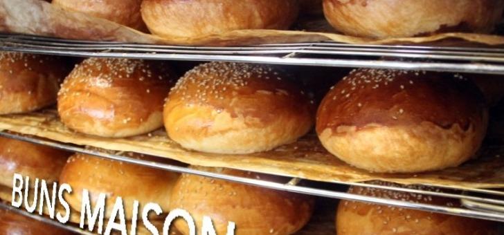 burger-fermier-des-enfants-rouges-des-buns-frais-fabriques-sur-place