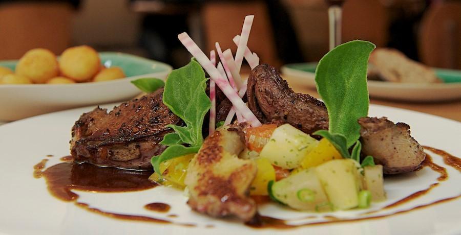 restaurant-comptoir-des-galeries-a-bruxelles-apprecier-saveur-tendrete-d-une-viande