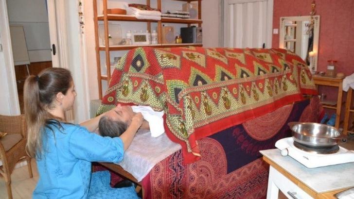 massage-ayurvedique-realise-par-un-medecin