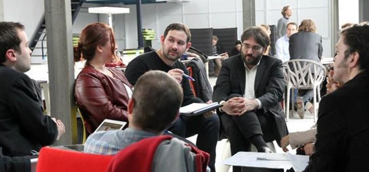 proto204-a-saclay-a-orsay-ici-communautes-rencontrent-et-developpent-des-partages-centres-sur-innovation