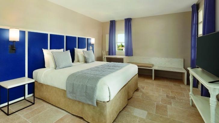 snc-dolce-fregate-un-hotel-de-163-chambres-spacieuses-allient-confort-et-modernite