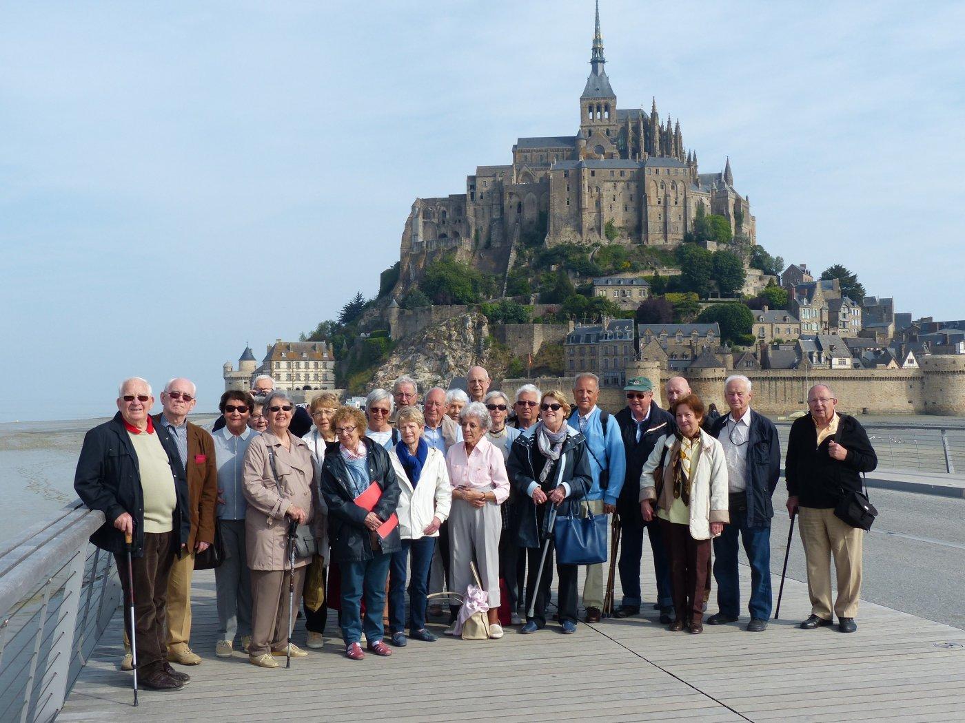 ferme-mont-saint-michel-endroit-plebiscite-par-anciens-des-grandes-ecoles-pour-des-retrouvailles-sympathiques