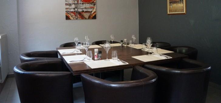 restaurant-brasserie-eclusiers-a-henridorff-des-moments-de-delices-et-conviviaux-autour-d-une-table-chic-et-sobre