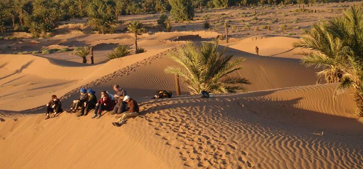 viamonts-trekking-trekking-dans-desert