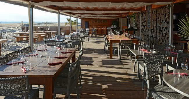 Restaurants Plage Les Pieds Nus A Le Grau