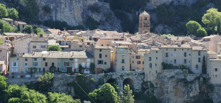 image-prop-contact-office-de-tourisme-de-moustiers-sainte-marie