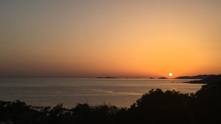 cors-alpha-coucher-de-soleil-sur-iles-sanguinaires