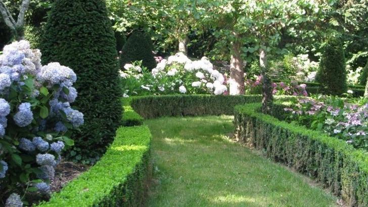 jardins-du-pierrail-promenade-serpentine