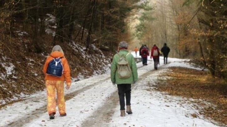 federation-francaise-des-sports-populaires-a-strasbourg-marche-neige-a-raquettes