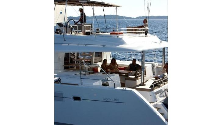 oceans-evasion-des-catamarans-aussi-confortables-spacieux