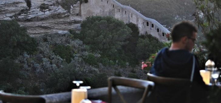 restaurant-aria-nova-a-bonifacio-belle-vue-sur-alentours