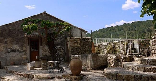 chateau-nestuby-a-cotignac